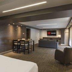 Отель Hôtel & Suites Normandin Канада, Квебек - отзывы, цены и фото номеров - забронировать отель Hôtel & Suites Normandin онлайн гостиничный бар
