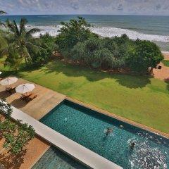Отель Temple Tree Resort & Spa Шри-Ланка, Индурува - отзывы, цены и фото номеров - забронировать отель Temple Tree Resort & Spa онлайн бассейн