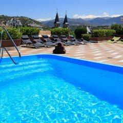 Отель Montecarlo бассейн