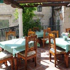 Отель Monte Cristo Черногория, Котор - отзывы, цены и фото номеров - забронировать отель Monte Cristo онлайн питание