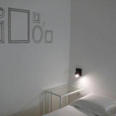 Отель Lambeau Бельгия, Брюссель - отзывы, цены и фото номеров - забронировать отель Lambeau онлайн удобства в номере фото 2