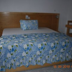 Отель HighLander Guest House сейф в номере