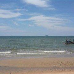 Sea Falcon Hotel пляж