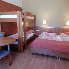 Отель Penzion Fan Чехия, Карловы Вары - 1 отзыв об отеле, цены и фото номеров - забронировать отель Penzion Fan онлайн комната для гостей фото 6