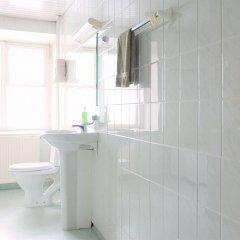 Old Town Munkenhof Guesthouse - Hostel ванная фото 2