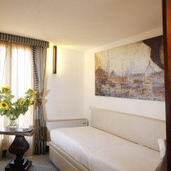 Отель Dei Dragomanni Венеция комната для гостей фото 2