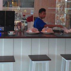 Отель Zing Resort & Spa Таиланд, Паттайя - 11 отзывов об отеле, цены и фото номеров - забронировать отель Zing Resort & Spa онлайн гостиничный бар
