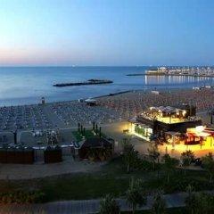 Hotel Villa Dina Римини пляж