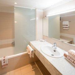 Отель Aparthotel Bertran Испания, Барселона - отзывы, цены и фото номеров - забронировать отель Aparthotel Bertran онлайн ванная
