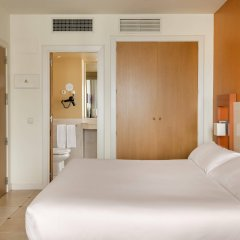 Отель ILUNION Fuengirola Испания, Фуэнхирола - отзывы, цены и фото номеров - забронировать отель ILUNION Fuengirola онлайн комната для гостей