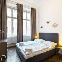 Апартаменты Hybernska Apartments комната для гостей фото 3