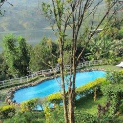 Отель The Begnas Lake Resort & Villas Непал, Лехнат - отзывы, цены и фото номеров - забронировать отель The Begnas Lake Resort & Villas онлайн бассейн фото 2