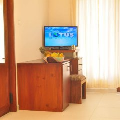 Отель Oasey Beach Hotel Шри-Ланка, Индурува - 2 отзыва об отеле, цены и фото номеров - забронировать отель Oasey Beach Hotel онлайн удобства в номере