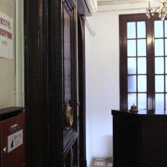 Lenin Hostel сейф в номере