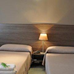 Отель Residència dInvestigadors комната для гостей