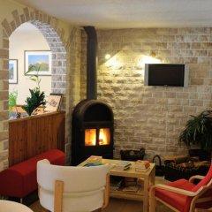 Отель Residência Água de Madeiros гостиничный бар