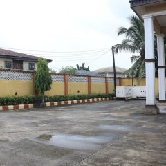 Liz Ani Hotel Annex Калабар парковка