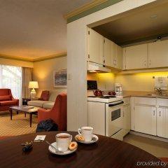 Отель Royal Scot Hotel & Suites Канада, Виктория - отзывы, цены и фото номеров - забронировать отель Royal Scot Hotel & Suites онлайн в номере
