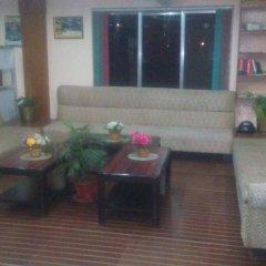 Отель Center Lake Непал, Покхара - отзывы, цены и фото номеров - забронировать отель Center Lake онлайн интерьер отеля фото 3