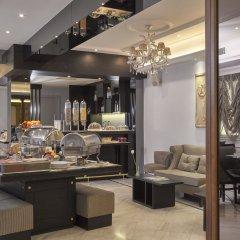 AVA Hotel & Suites питание