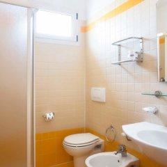 Отель Residence Mimosa Римини ванная