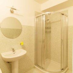 Отель Albergo Le Piante Манерба-дель-Гарда ванная фото 2