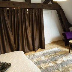 Отель La Grange Renaud Chambres Dhotes Франция, Сомюр - отзывы, цены и фото номеров - забронировать отель La Grange Renaud Chambres Dhotes онлайн комната для гостей