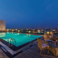 Отель Fortune Select Metropolitan бассейн фото 2