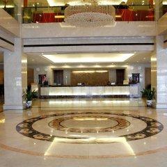 Jingtailong International Hotel интерьер отеля