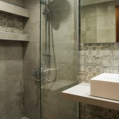 Отель Stalis Blue Sea Front Deluxe Rooms ванная фото 2