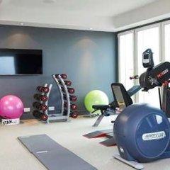 Отель DoubleTree By Hilton London Excel фитнесс-зал фото 4