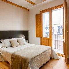 Отель Apartamentos Lonja Валенсия комната для гостей