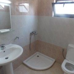 Отель Kompleks Joni Албания, Саранда - отзывы, цены и фото номеров - забронировать отель Kompleks Joni онлайн ванная