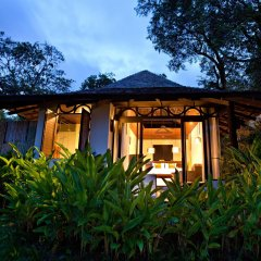 Отель The Vijitt Resort Phuket 5* Вилла Делюкс разные типы кроватей фото 10