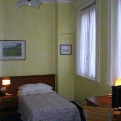 Отель Albergo Cristallo Италия, Леньяно - отзывы, цены и фото номеров - забронировать отель Albergo Cristallo онлайн сейф в номере