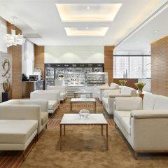 Отель Hyatt Place Dubai Baniyas Square интерьер отеля фото 3