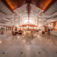 Отель Thavorn Palm Beach Resort Phuket Таиланд, Пхукет - 10 отзывов об отеле, цены и фото номеров - забронировать отель Thavorn Palm Beach Resort Phuket онлайн интерьер отеля
