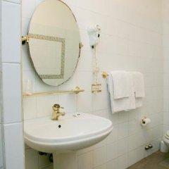 Отель Pinocchio Италия, Фраскати - отзывы, цены и фото номеров - забронировать отель Pinocchio онлайн ванная