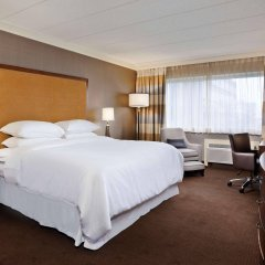 Отель Sheraton at the Falls США, Ниагара-Фолс - отзывы, цены и фото номеров - забронировать отель Sheraton at the Falls онлайн комната для гостей фото 2