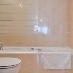 Отель DFlat Escultor Madrid 302 Apartments Испания, Мадрид - отзывы, цены и фото номеров - забронировать отель DFlat Escultor Madrid 302 Apartments онлайн ванная фото 2