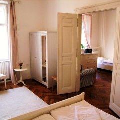 Апартаменты Old Town Square Apartments удобства в номере