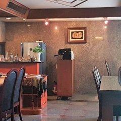 Отель Interchange Tower Serviced Apartment Таиланд, Бангкок - отзывы, цены и фото номеров - забронировать отель Interchange Tower Serviced Apartment онлайн питание фото 2