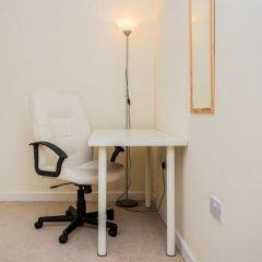 Отель 2 Bedroom Apartment Near Kings Cross Великобритания, Лондон - отзывы, цены и фото номеров - забронировать отель 2 Bedroom Apartment Near Kings Cross онлайн удобства в номере фото 2