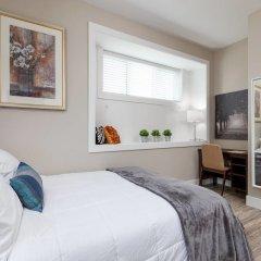 Отель Private and Cozy 2bdr 2BA Home in Kitsilano Канада, Ванкувер - отзывы, цены и фото номеров - забронировать отель Private and Cozy 2bdr 2BA Home in Kitsilano онлайн комната для гостей фото 3