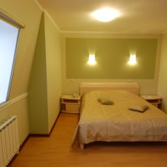 Гостиница Ю-Питер в Твери 4 отзыва об отеле, цены и фото номеров - забронировать гостиницу Ю-Питер онлайн Тверь комната для гостей фото 3