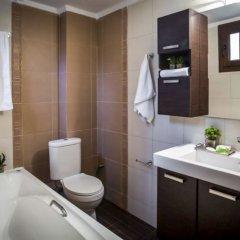Отель Villa Nefeli, Pefkochori Греция, Пефкохори - отзывы, цены и фото номеров - забронировать отель Villa Nefeli, Pefkochori онлайн ванная фото 2