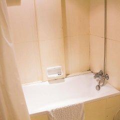 Отель Grand Inn Бангкок ванная фото 2