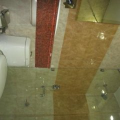 Hotel Le Central in Haridwar, India from 38$, photos, reviews - zenhotels.com bathroom photo 2