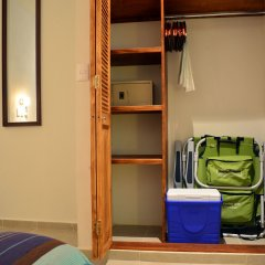 Отель Club Yebo Плая-дель-Кармен сейф в номере