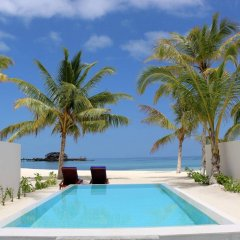 Отель Olhuveli Beach And Spa Resort бассейн